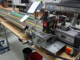 Digitální odměřovací žlaby pro přesné zkracování hadic